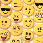 emoji-sugar-cookies