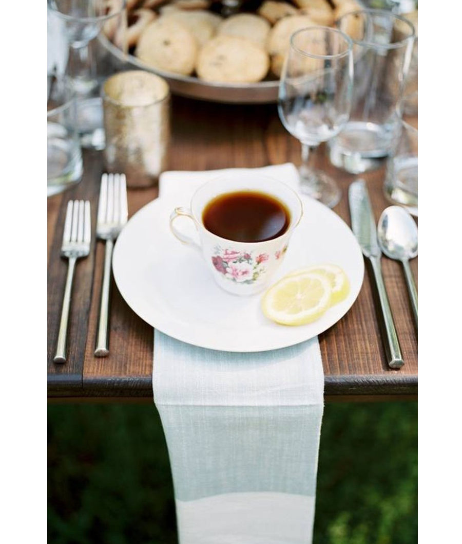 Granny Chic Wedding - Antique Teacup With Runner